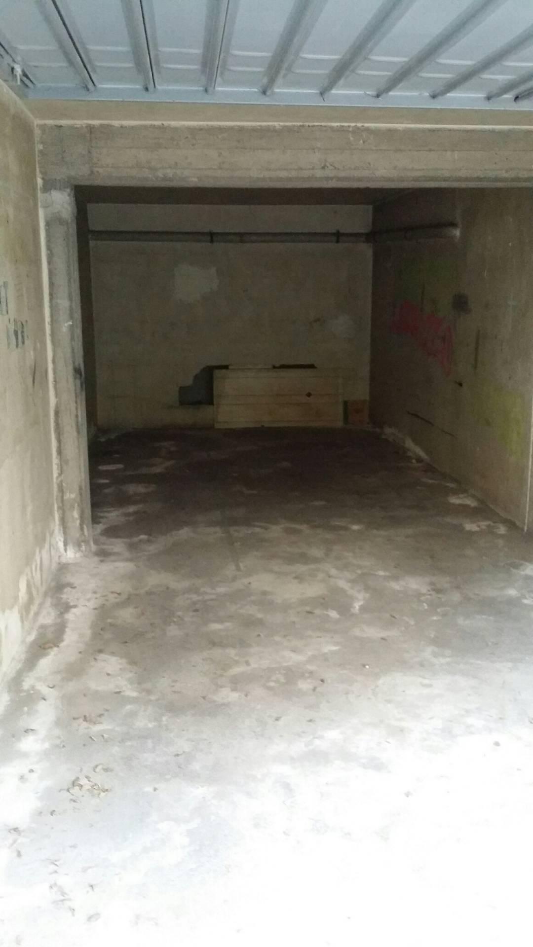 Box / Garage in affitto a Aci Castello, 1 locali, zona Zona: Ficarazzi, prezzo € 80 | Cambio Casa.it