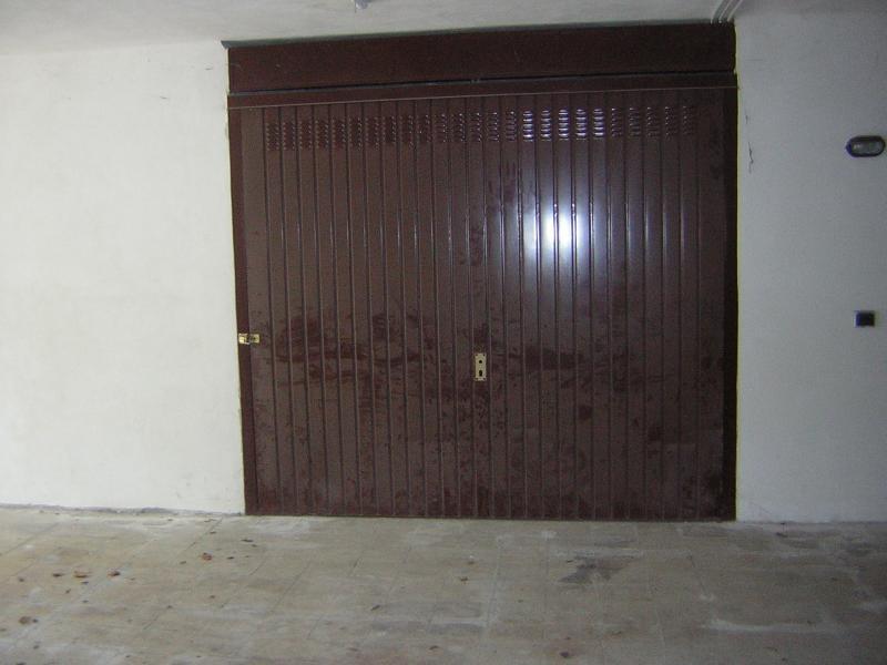 Box / Garage in vendita a Aci Catena, 1 locali, zona Località: vampolieri, prezzo € 30.000 | CambioCasa.it