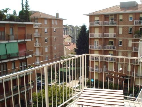 Appartamento in affitto a Biella, 3 locali, zona Zona: Semicentro, prezzo € 400 | CambioCasa.it