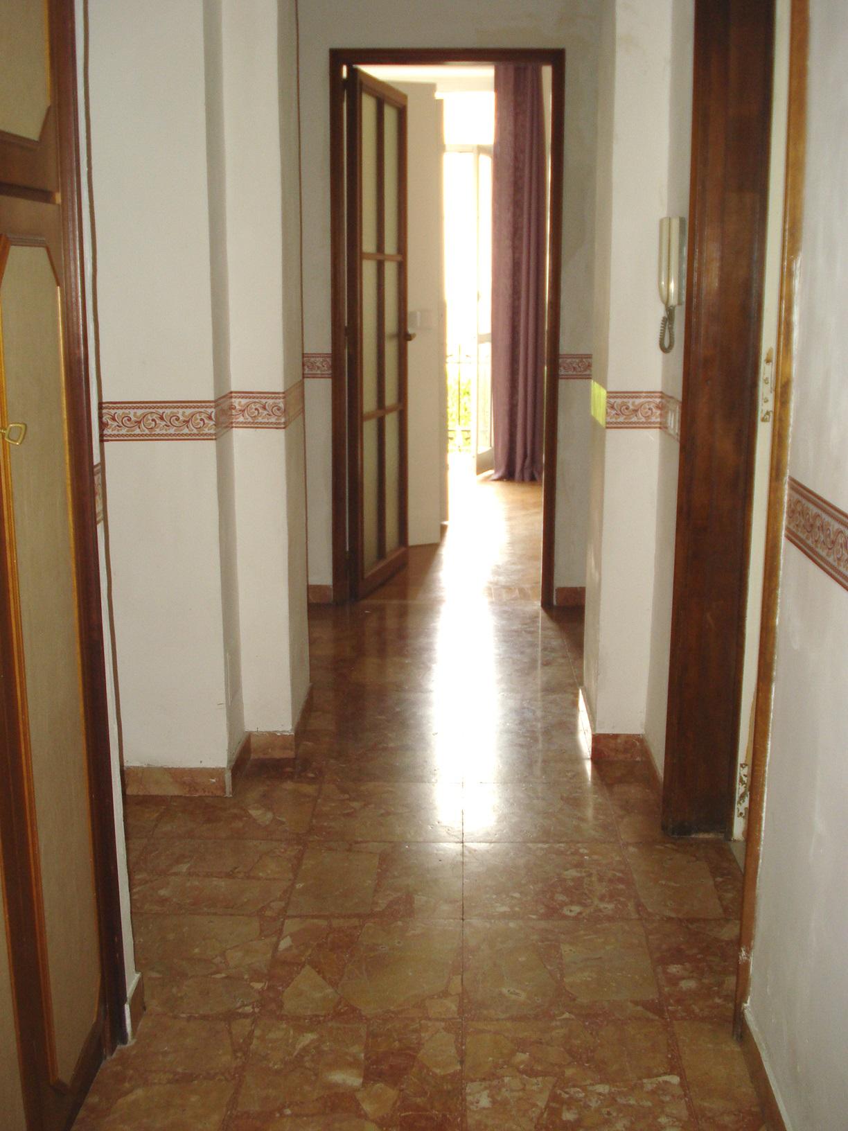 Appartamento in affitto a Biella, 2 locali, zona Zona: Centro, prezzo € 420 | CambioCasa.it