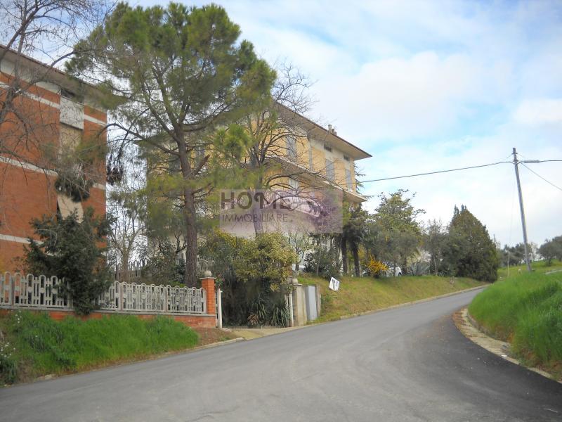 Soluzione Indipendente in vendita a Mogliano, 6 locali, zona Località: zonamacina, prezzo € 290.000 | Cambio Casa.it
