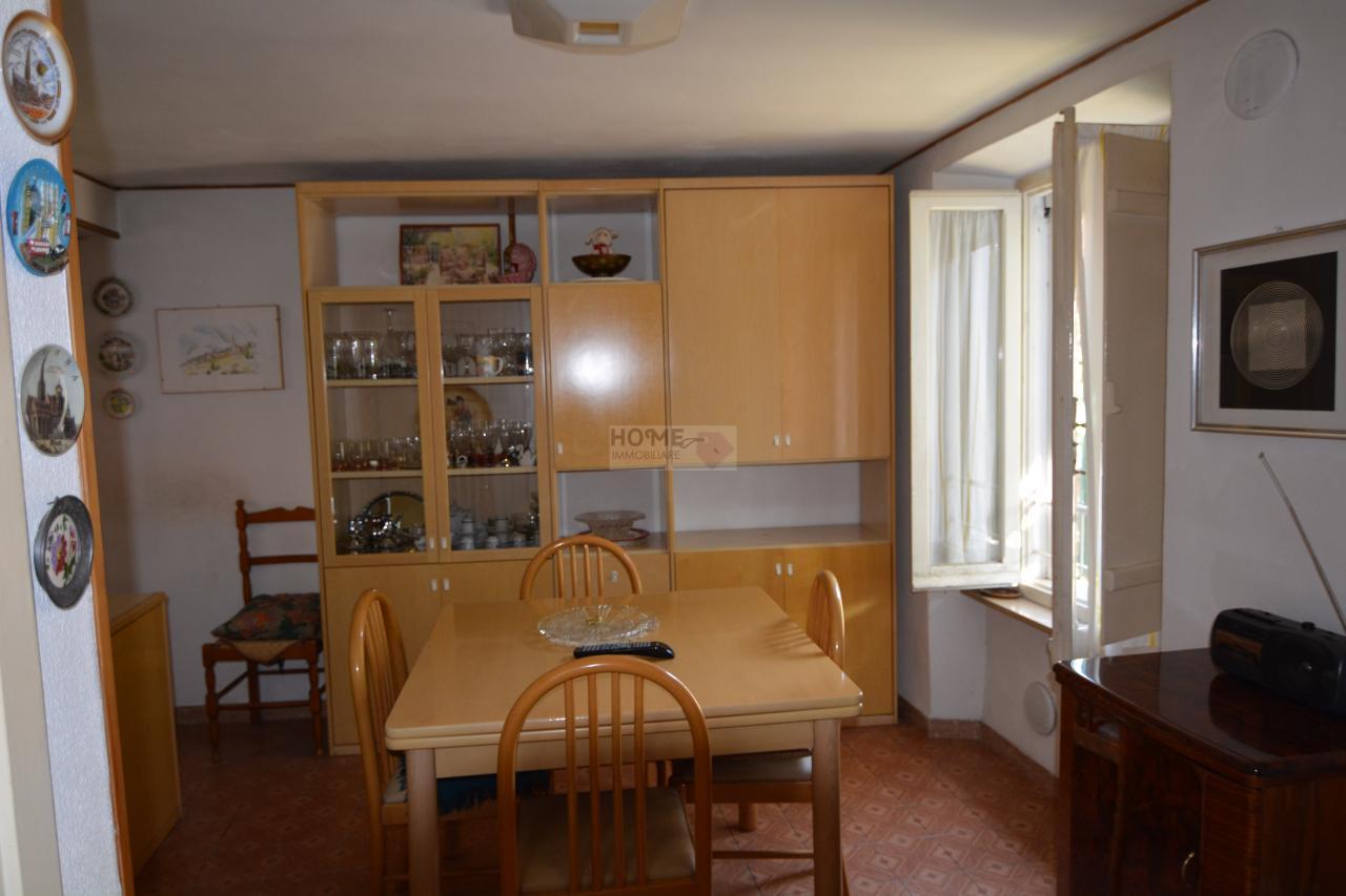 Soluzione Indipendente in vendita a Macerata, 3 locali, zona Località: ZonaCentrale, prezzo € 40.000 | Cambio Casa.it