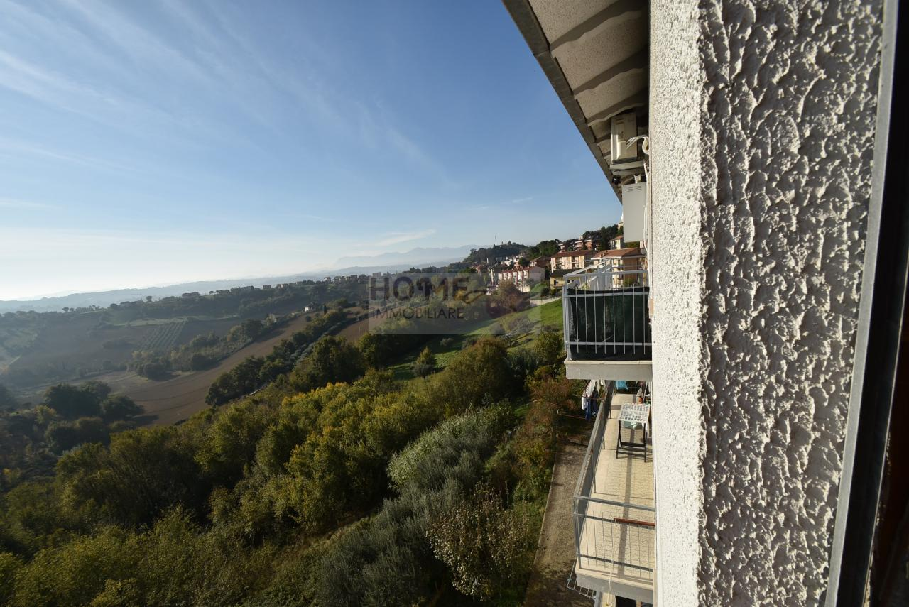 Appartamento in vendita a Corridonia, 6 locali, zona Località: zonasemi-centrale, prezzo € 130.000 | Cambio Casa.it