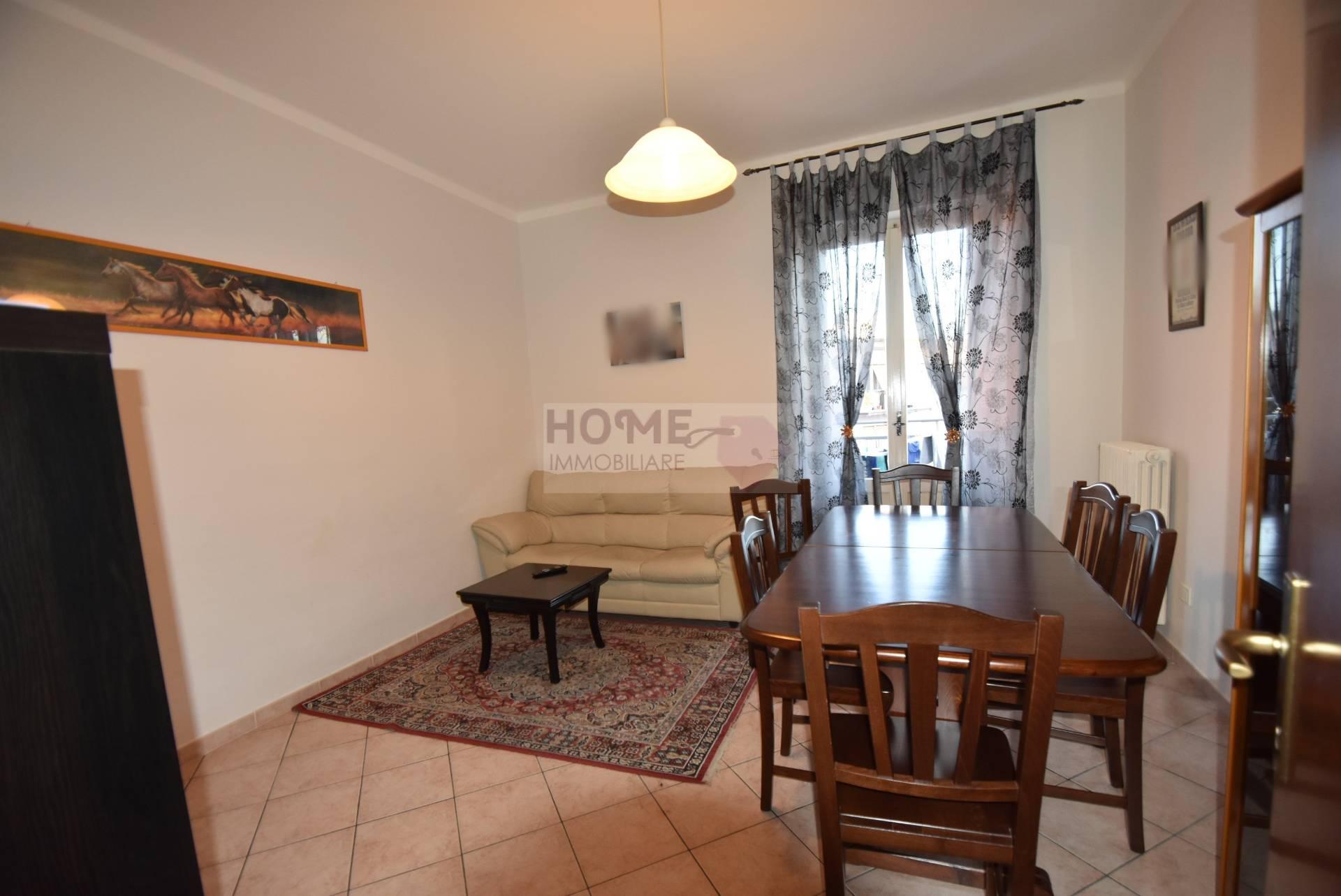 Appartamento in vendita a Macerata, 5 locali, zona Località: zonaviaSpalato, prezzo € 100.000 | Cambio Casa.it