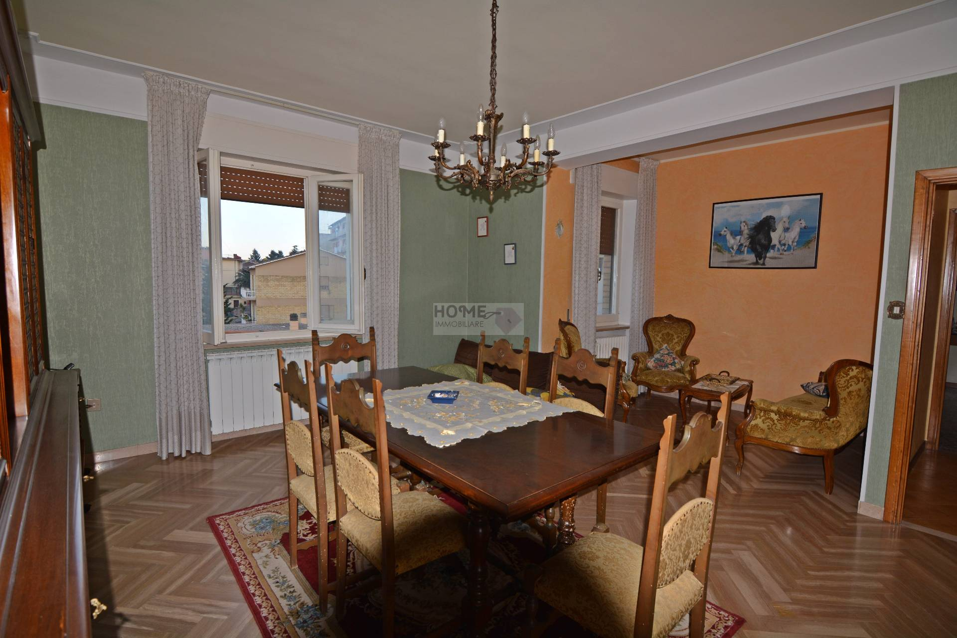 Appartamento in vendita a Corridonia, 7 locali, zona Località: zonasemi-centrale, prezzo € 90.000 | Cambio Casa.it
