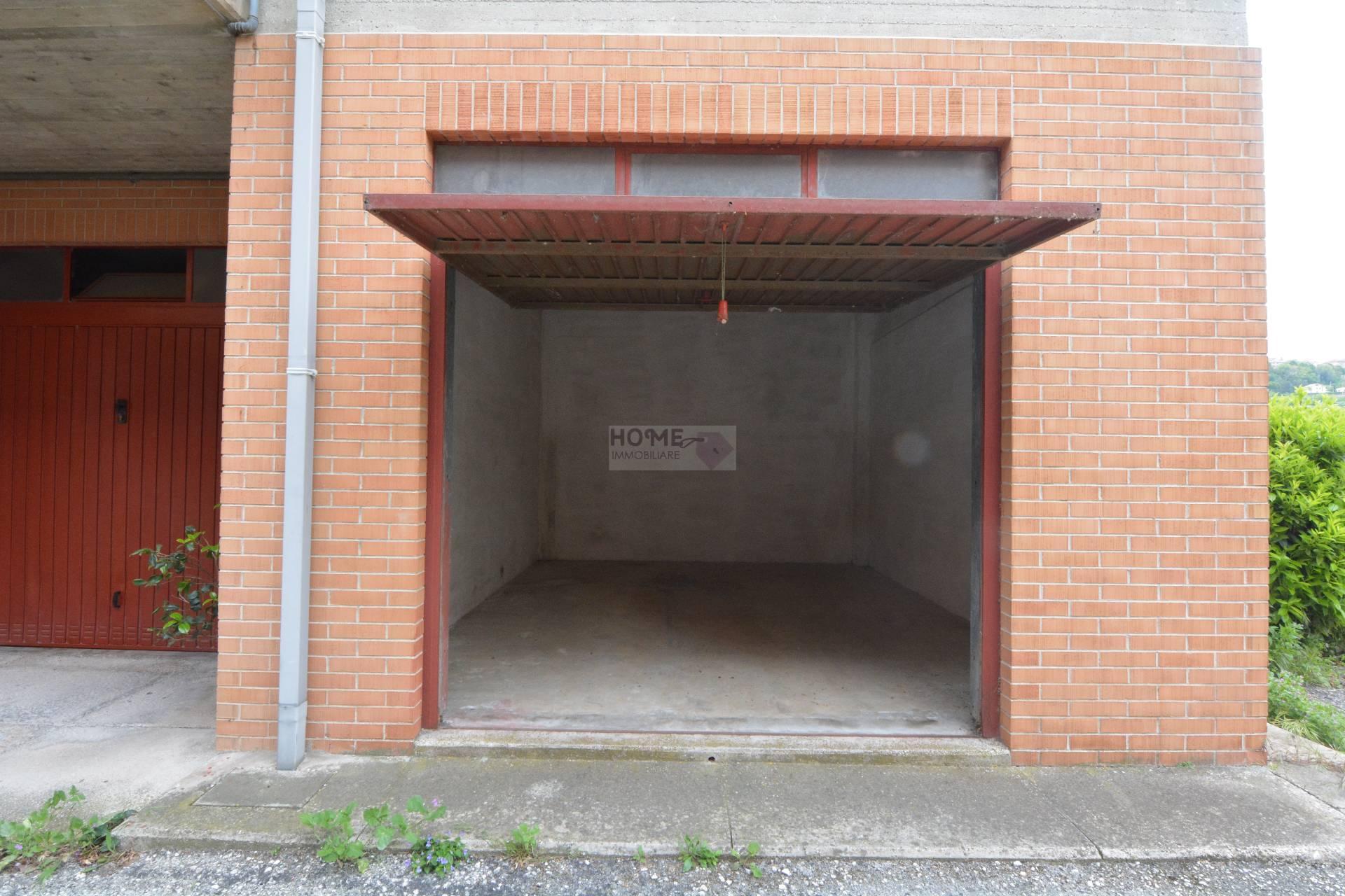 Box / Garage in vendita a Macerata, 1 locali, zona Zona: Semicentrale, prezzo € 13.000 | Cambio Casa.it