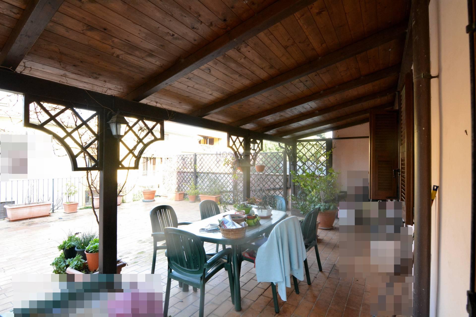 Soluzione Indipendente in vendita a Macerata, 10 locali, zona Zona: Semicentrale, prezzo € 285.000 | Cambio Casa.it