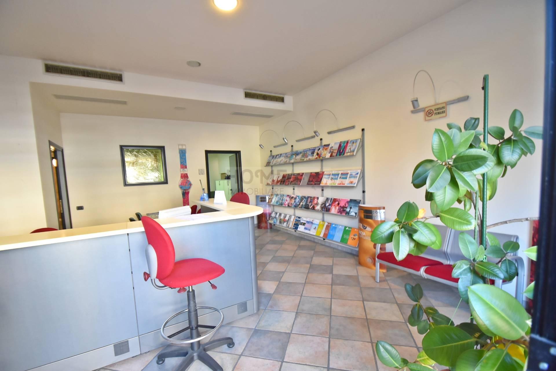 Negozio / Locale in vendita a Macerata, 9999 locali, zona Località: ZonaStadio, prezzo € 55.000 | CambioCasa.it