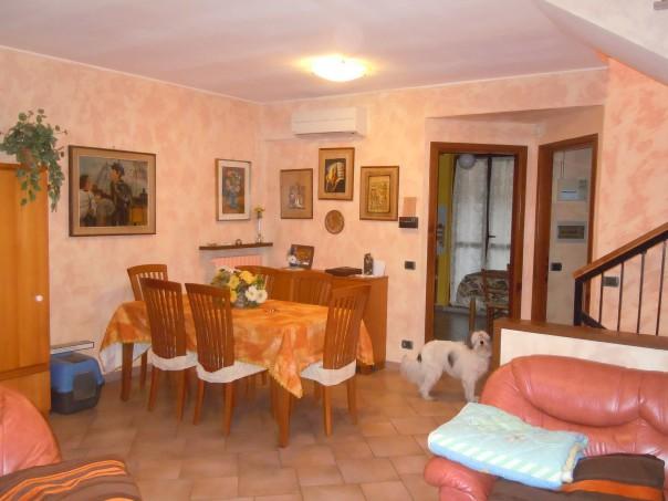 Villa a Schiera in Vendita a Ceranova