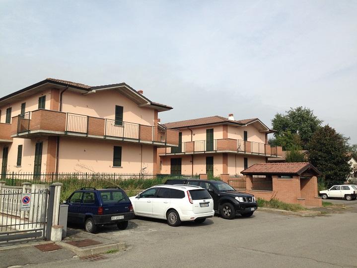 Appartamento in affitto a Lardirago, 3 locali, prezzo € 600 | Cambio Casa.it