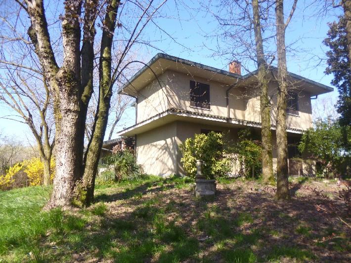 Villa in vendita a Siziano, 8 locali, Trattative riservate | CambioCasa.it