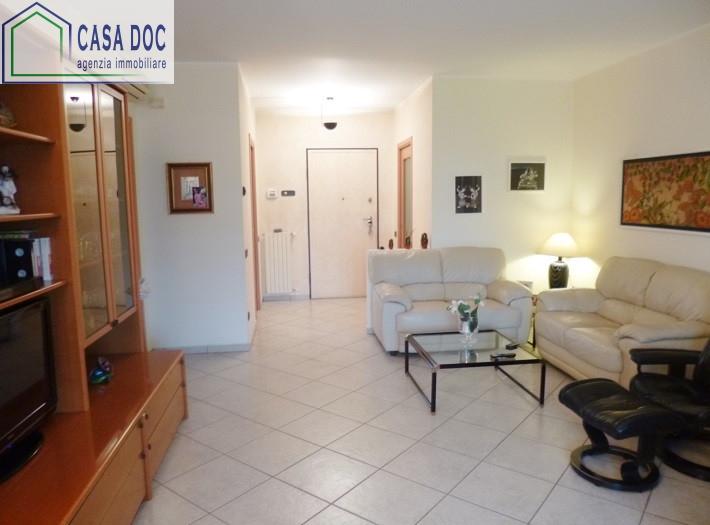 Appartamento in vendita a Siziano, 3 locali, prezzo € 180.000 | Cambio Casa.it