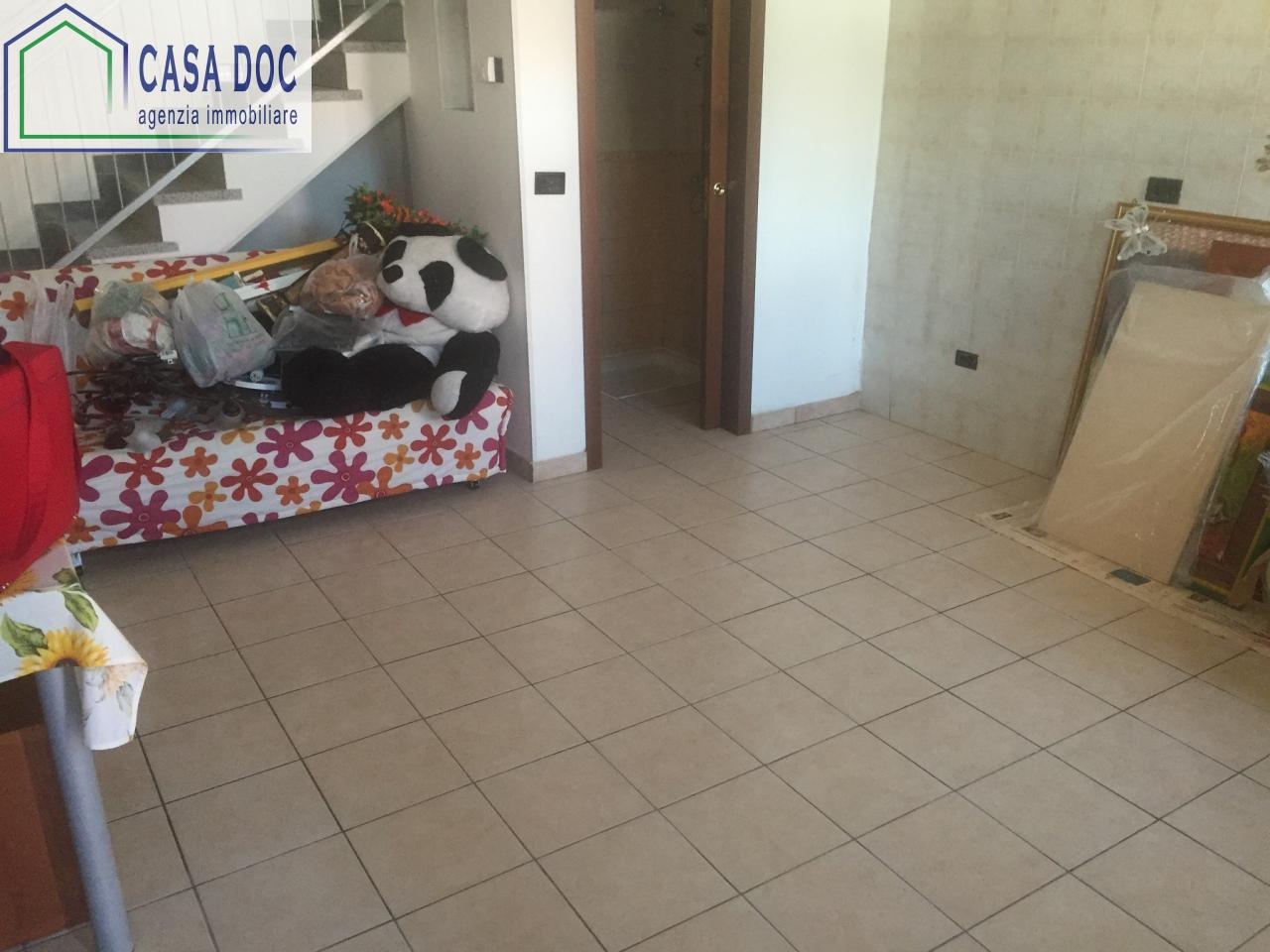 Appartamento in affitto a Magherno, 2 locali, prezzo € 350 | CambioCasa.it