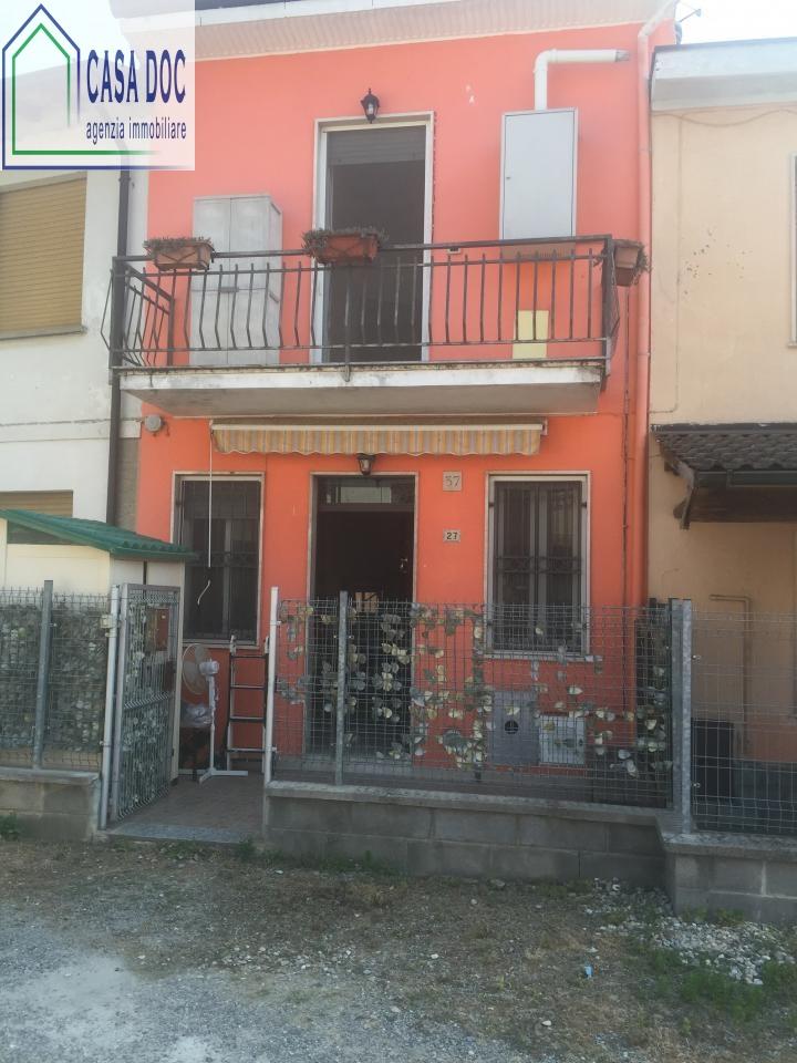Bilocale Magherno Magherno Via Mora 9
