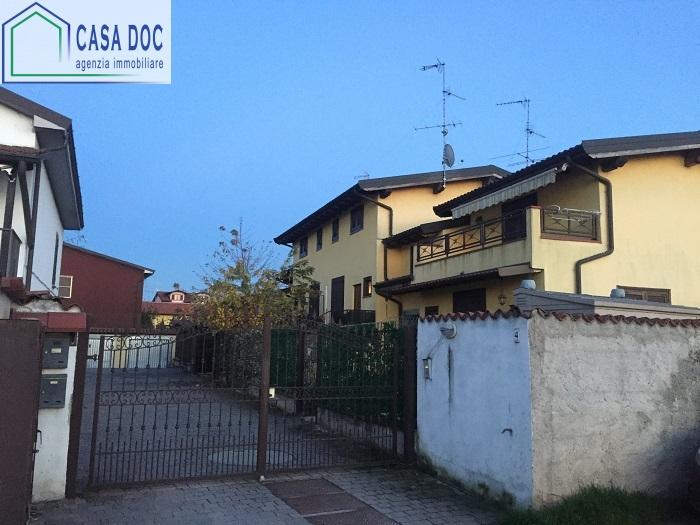 Villa a Schiera in vendita a Bereguardo, 3 locali, prezzo € 115.000 | Cambio Casa.it