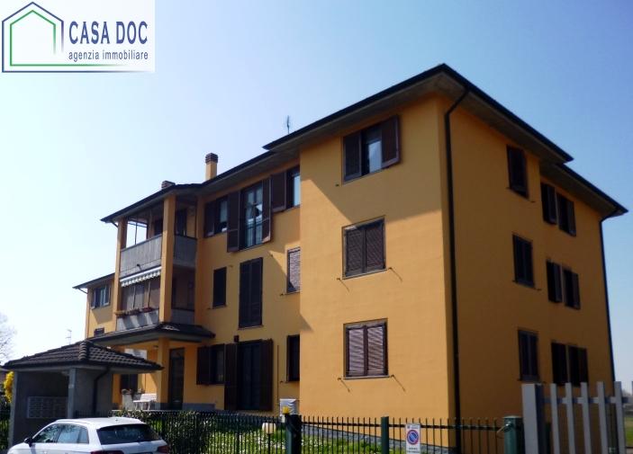 Bilocale Binasco Via Evangelista Torricelli 10