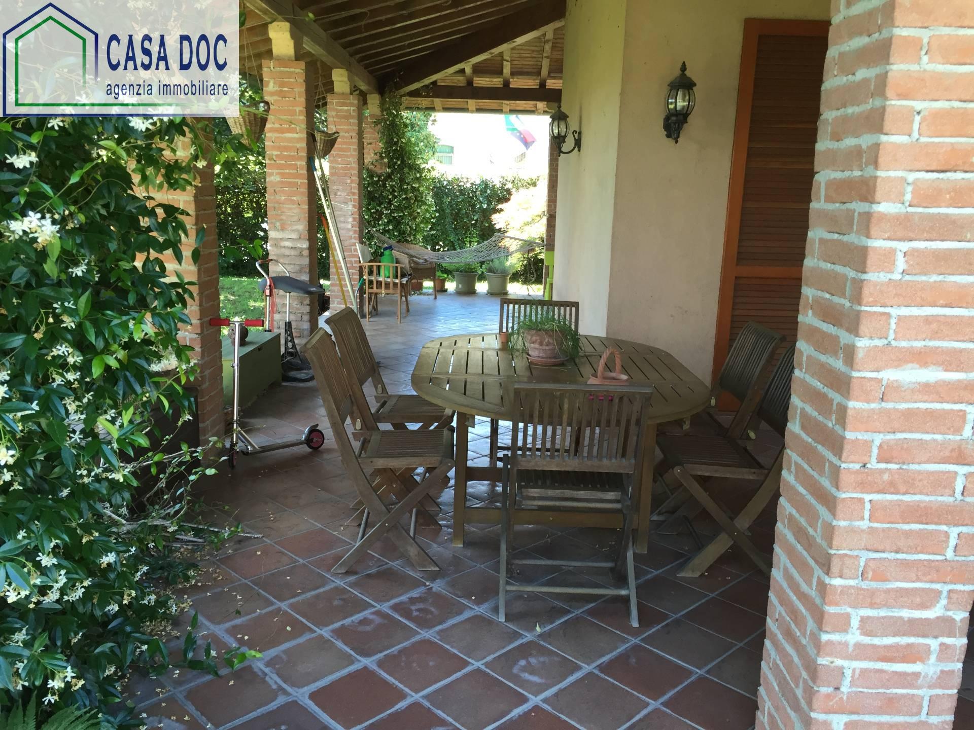 Villa in Vendita a Bornasco