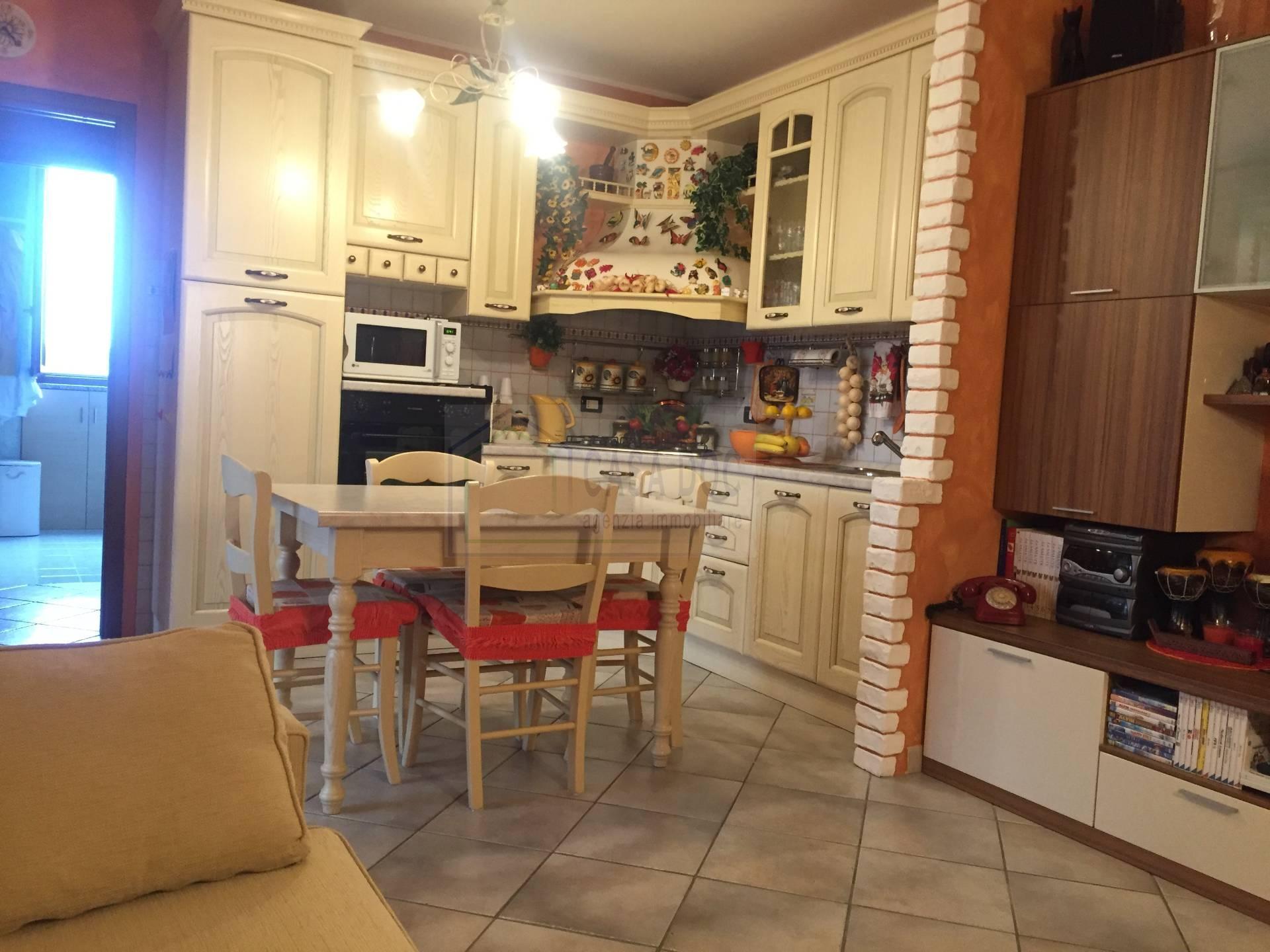 Appartamento in vendita a Bornasco, 3 locali, zona Località: Gualdrasco, prezzo € 89.000 | CambioCasa.it