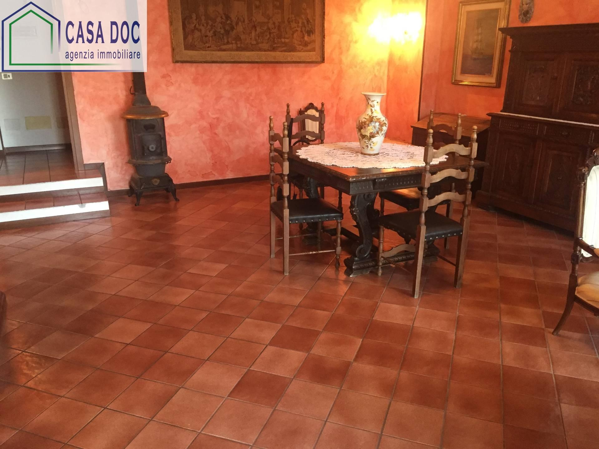 Villa in vendita a Siziano, 4 locali, prezzo € 329.000 | CambioCasa.it