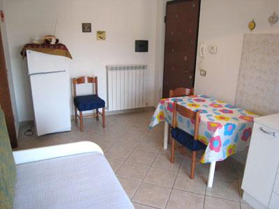 Bilocale Alba Adriatica Via Trebbia 3
