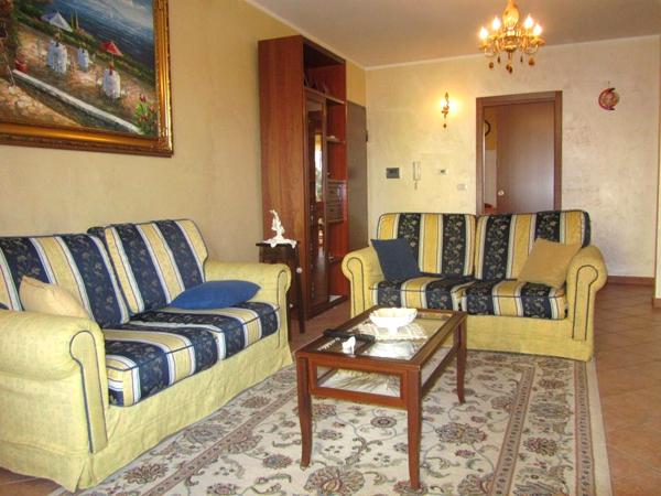 Appartamento in vendita a Corropoli, 5 locali, prezzo € 106.000 | Cambio Casa.it