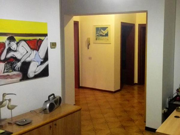 Soluzione Indipendente in vendita a Alba Adriatica, 8 locali, Trattative riservate | Cambio Casa.it