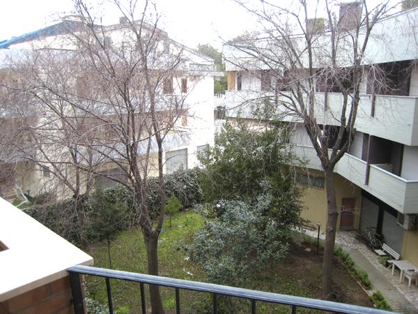 Bilocale Alba Adriatica Via Versilia 10