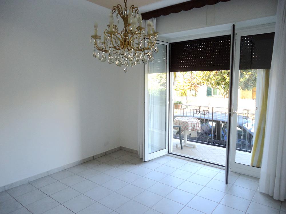Appartamento in vendita a Giulianova, 4 locali, prezzo € 88.000 | CambioCasa.it