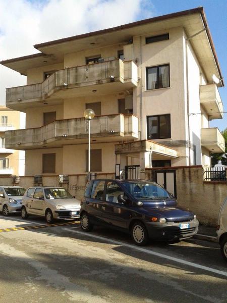 Appartamento in affitto a Chieti, 5 locali, prezzo € 500   CambioCasa.it