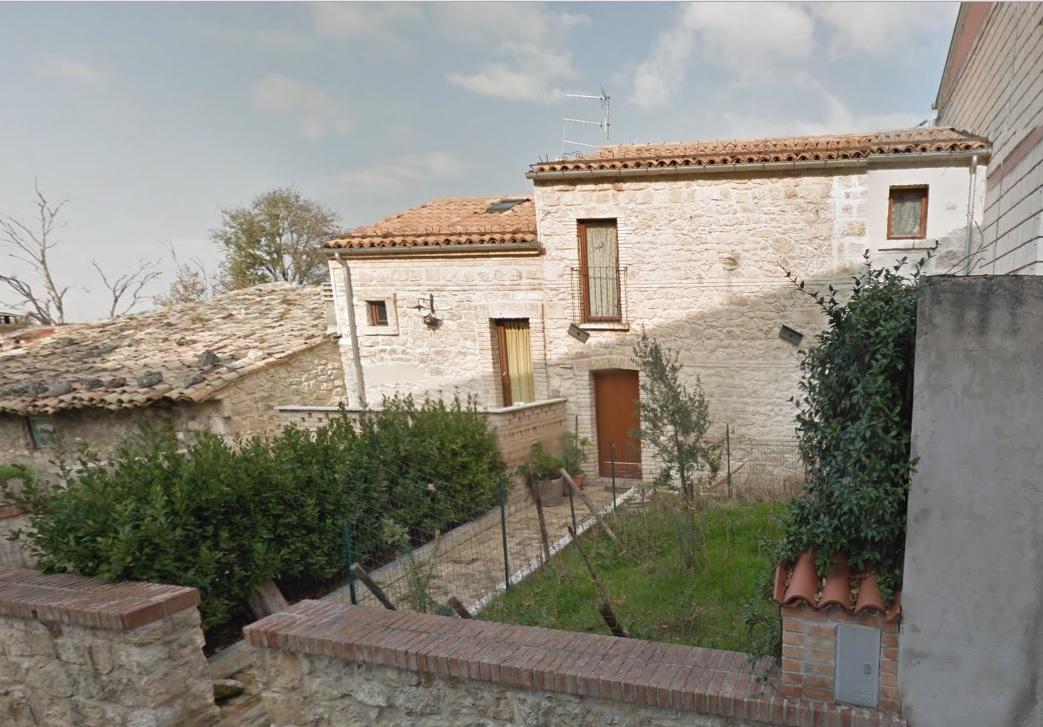 Soluzione Indipendente in vendita a Roccamorice, 7 locali, prezzo € 50.000 | CambioCasa.it