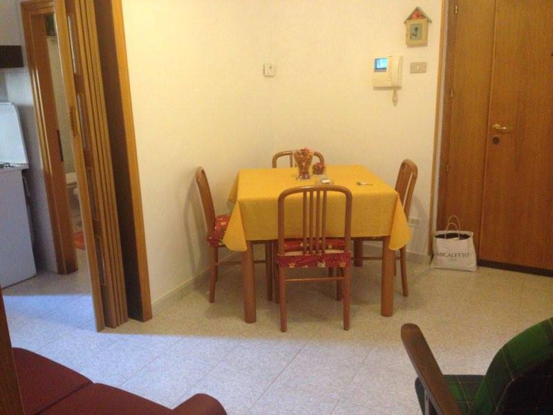 Appartamento in affitto a Chieti, 4 locali, zona Località: Centrostorico, prezzo € 370 | Cambio Casa.it
