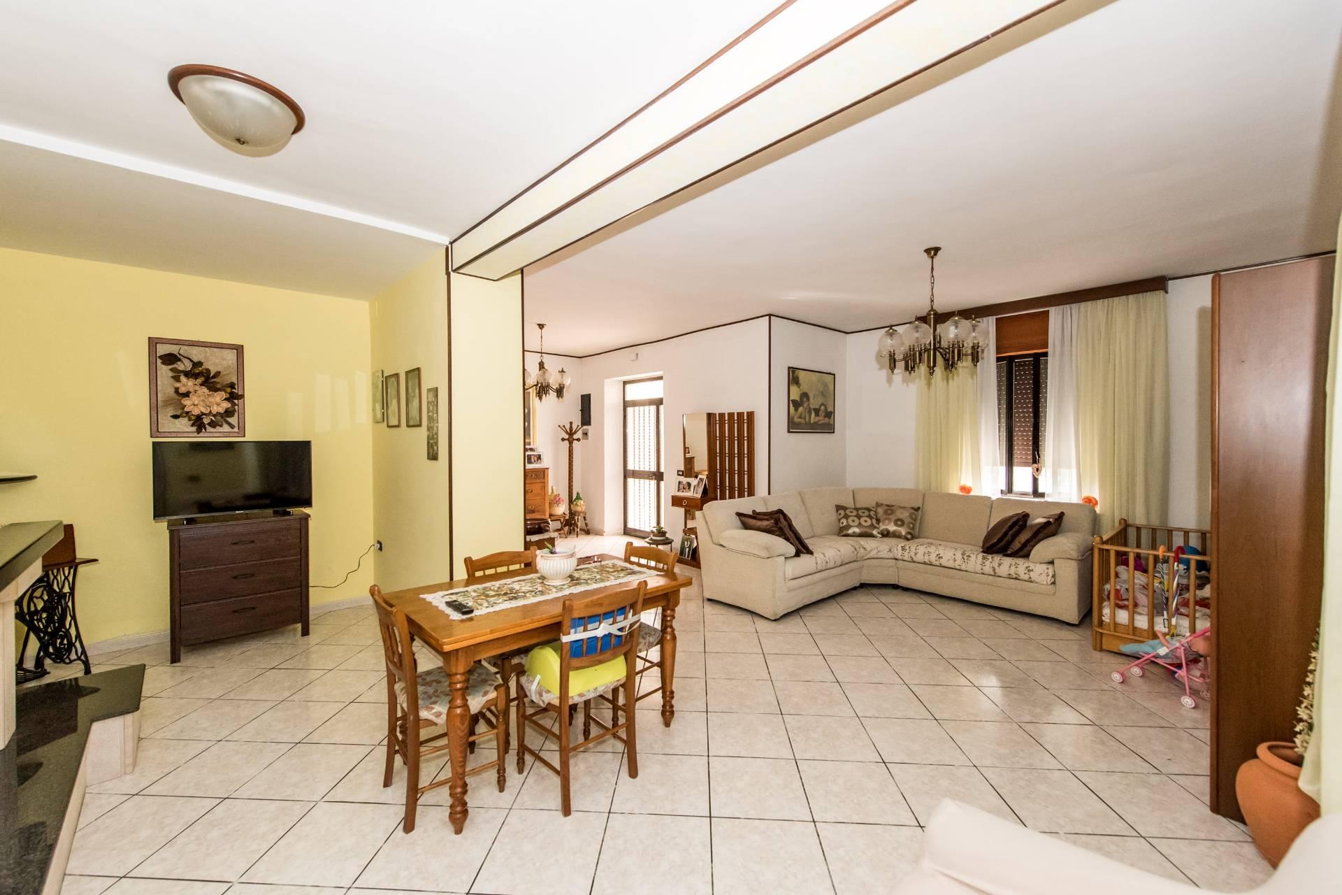 Soluzione Indipendente in vendita a Torrevecchia Teatina, 8 locali, prezzo € 185.000 | CambioCasa.it