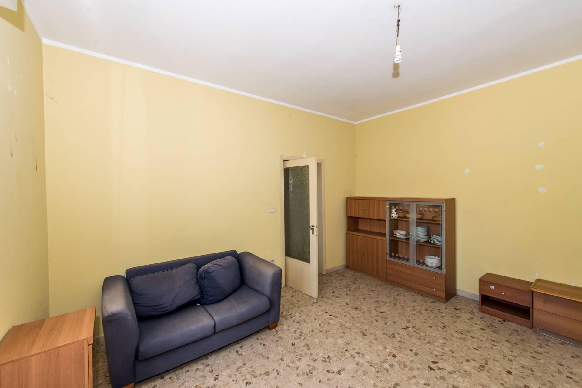 Appartamento in vendita a Ortona, 6 locali, prezzo € 152.000 | CambioCasa.it