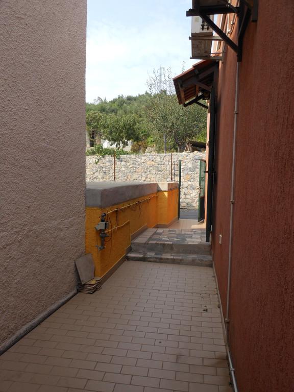 Bilocale Loano  5