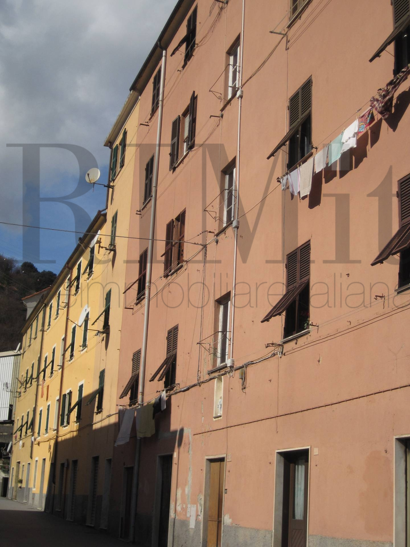 Bilocale Genova Via Delle Fabbriche 1