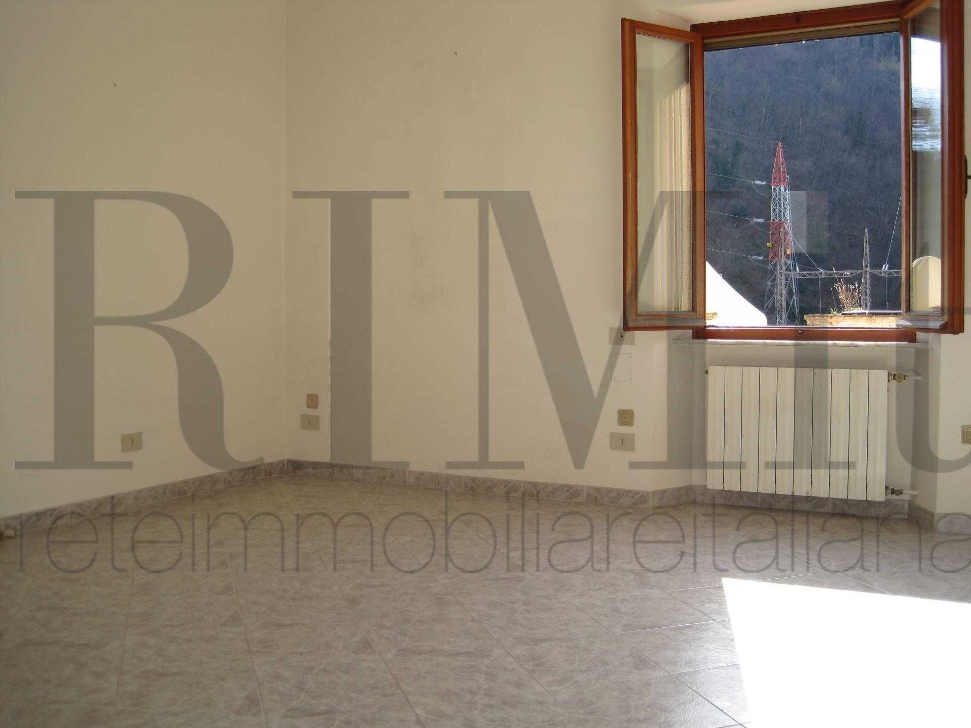 Bilocale Genova Via Delle Fabbriche 5