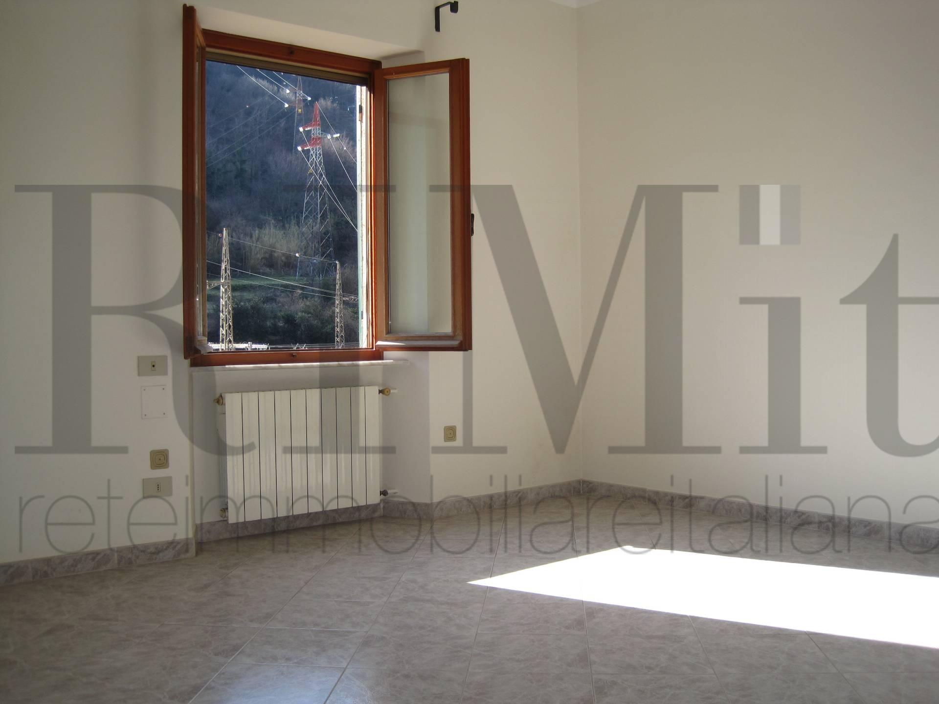 Bilocale Genova Via Delle Fabbriche 6