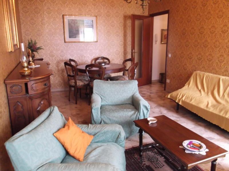 Appartamento in vendita a Fiorenzuola d'Arda, 3 locali, prezzo € 73.000 | Cambio Casa.it
