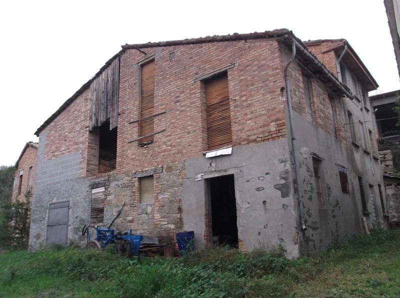 Rustico / Casale in Vendita a Lugagnano Val D'Arda