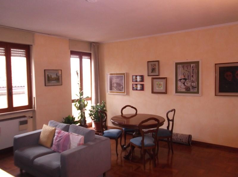 Appartamento in vendita a Fiorenzuola d'Arda, 3 locali, prezzo € 180.000   CambioCasa.it