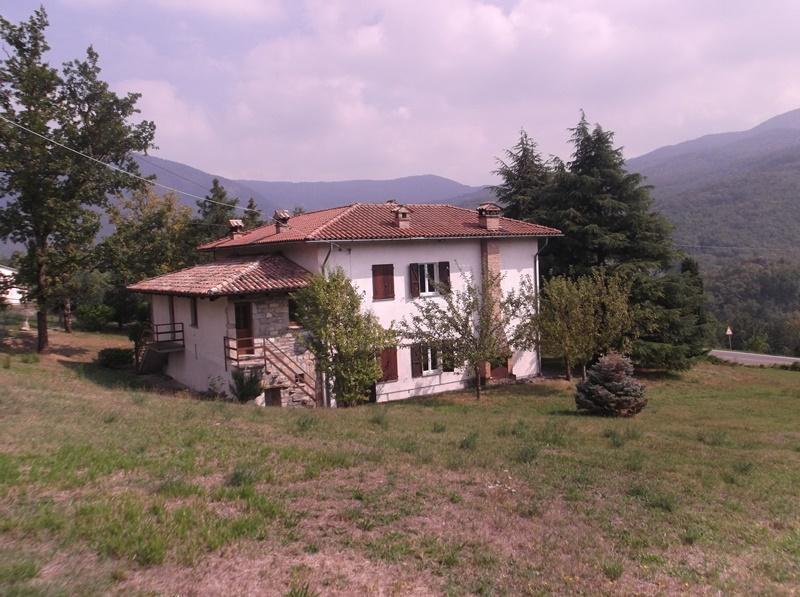Villa in affitto a Morfasso, 5 locali, prezzo € 750 | CambioCasa.it