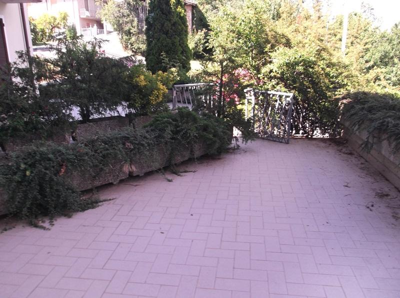 Appartamento in affitto a Vernasca, 3 locali, prezzo € 450 | CambioCasa.it