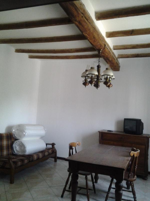 Appartamento in vendita a Fiorenzuola d'Arda, 3 locali, prezzo € 80.000 | Cambio Casa.it