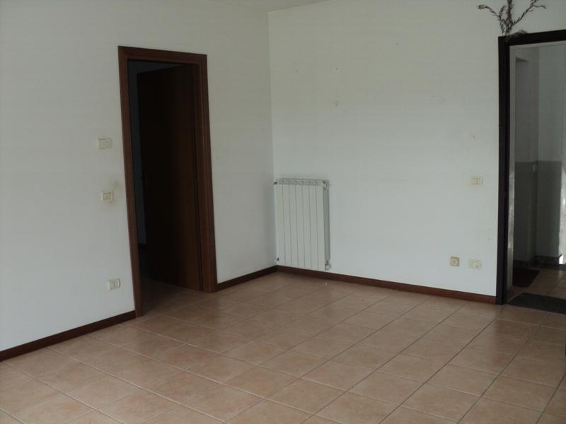 Appartamento in affitto a Cortemaggiore, 3 locali, prezzo € 350 | Cambio Casa.it