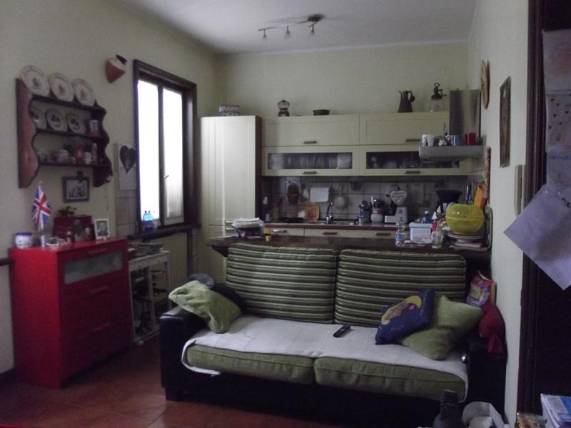 Appartamento in vendita a Cortemaggiore, 6 locali, prezzo € 180.000 | Cambio Casa.it
