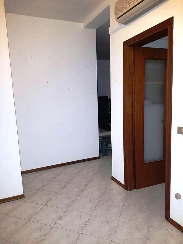 Appartamento in vendita a Fiorenzuola d'Arda, 4 locali, prezzo € 90.000   CambioCasa.it