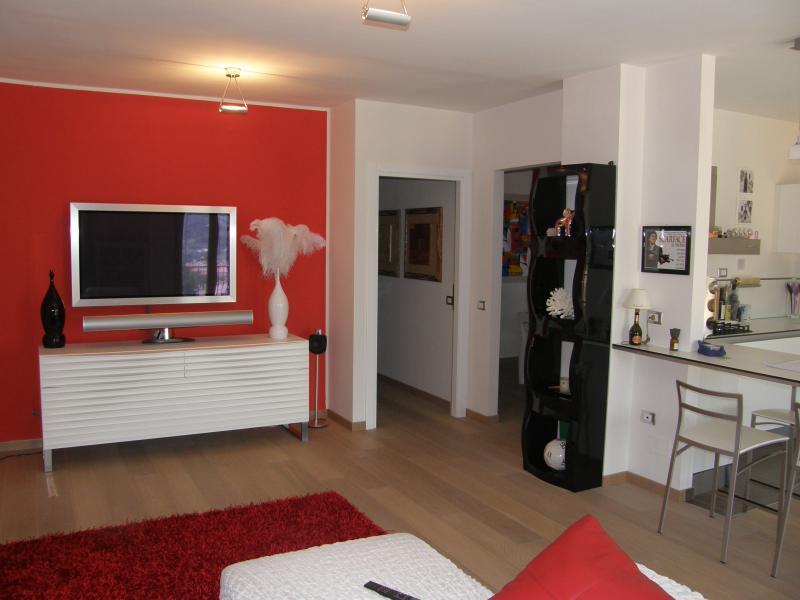 Appartamento in vendita a Ascoli Piceno, 4 locali, zona Località: CampoParignano, Trattative riservate | Cambio Casa.it