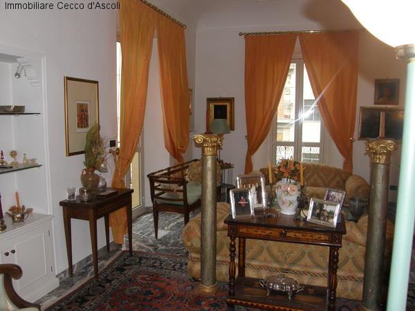 Appartamento in vendita a Ascoli Piceno, 15 locali, prezzo € 590.000 | Cambio Casa.it