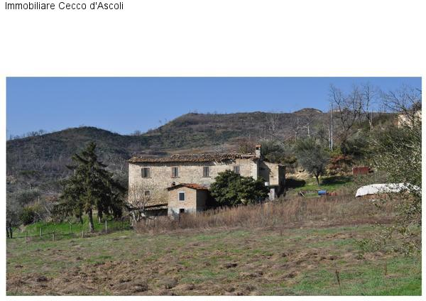 Villa in vendita a Ascoli Piceno, 10 locali, zona Località: CampoParignano, prezzo € 220.000 | Cambio Casa.it