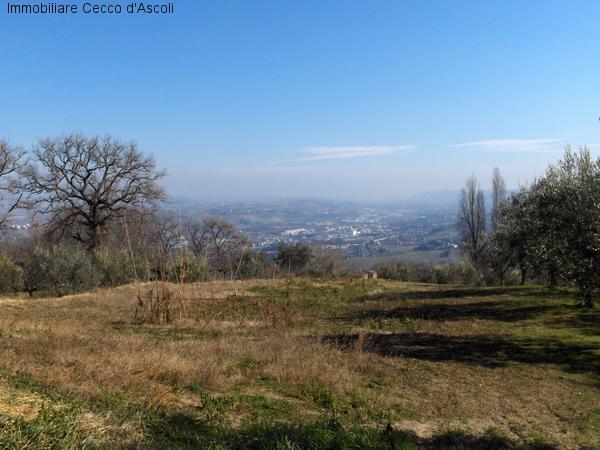 Terreno Edificabile Residenziale in vendita a Ascoli Piceno, 9999 locali, zona Zona: Lisciano, Trattative riservate | Cambio Casa.it